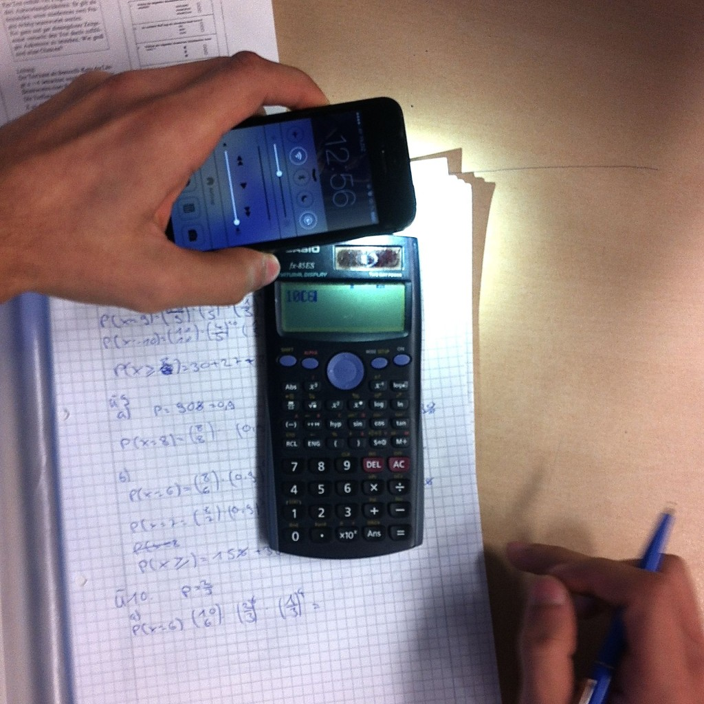 generationY-smartphone-calculator